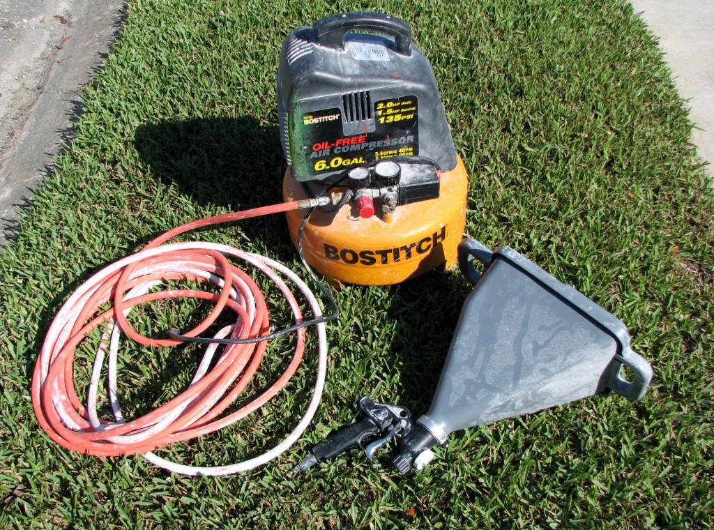 Texture hopper, compressor and hose