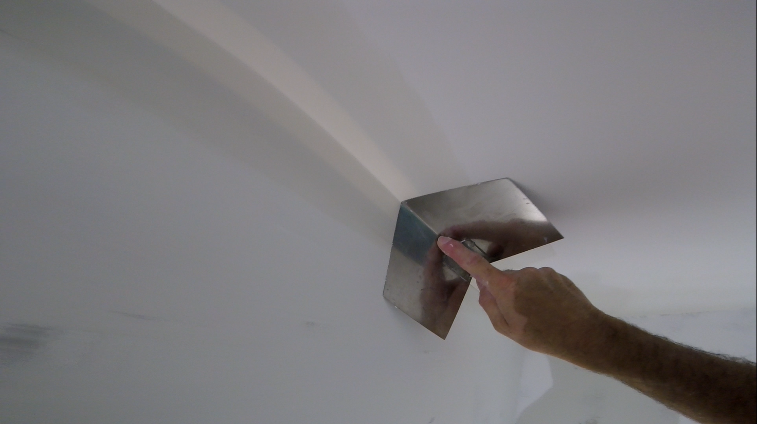 How To Use A Drywall Corner Tool To Finish Inside Corners