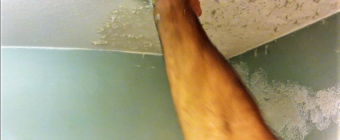 How to match knockdown texture on a water damaged drywall ceiling repair (Video)